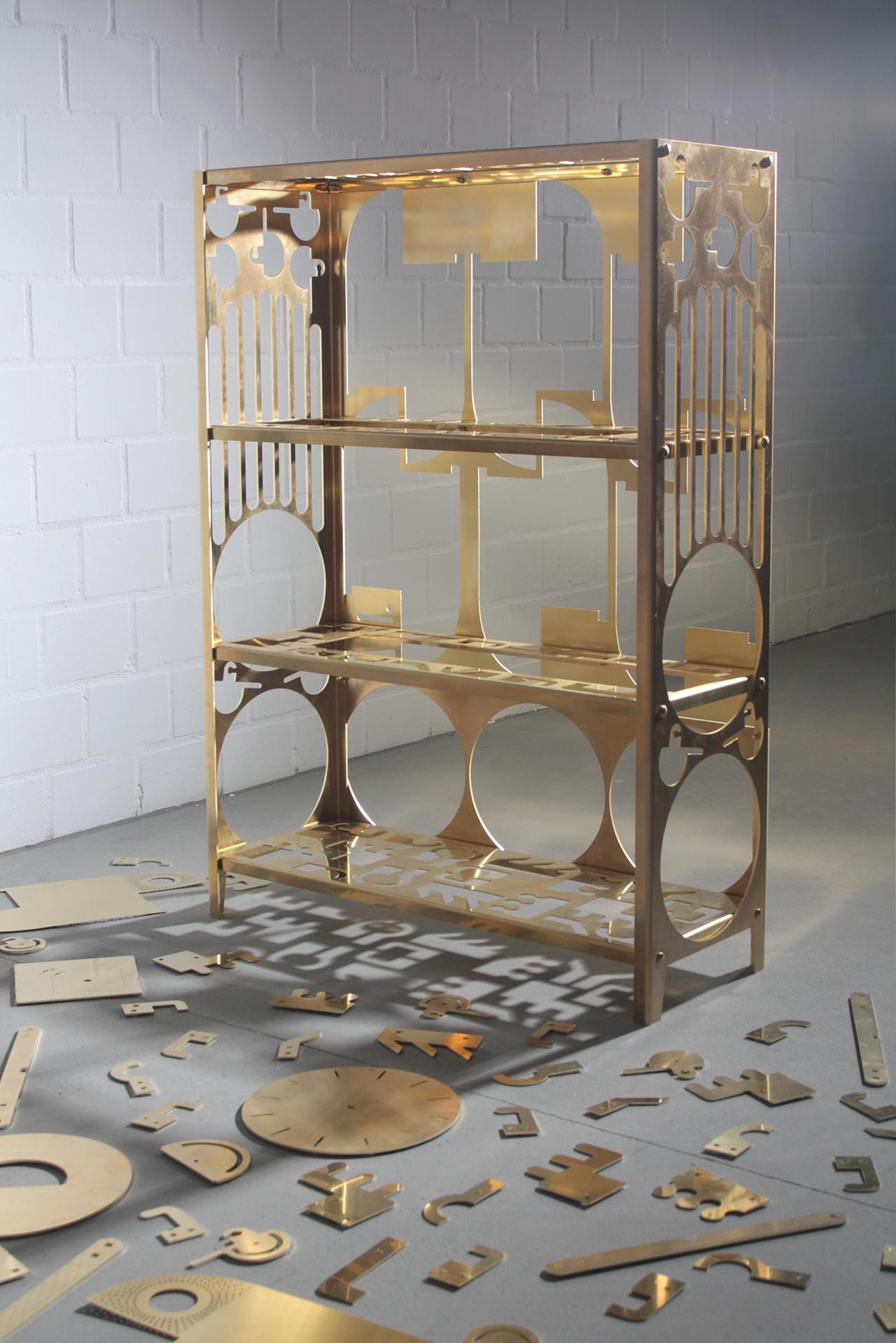 00_Samuel_Treindl_brass_shelf